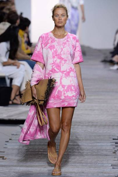 b9a30c3f035e Michael Kors Collection Spring Summer 2018 Ready-To-Wear show report ...