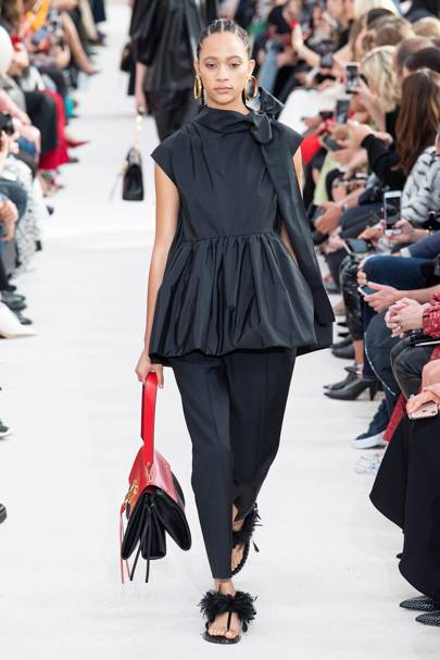 Valentino SpringSummer 2019 Ready To Wear show report