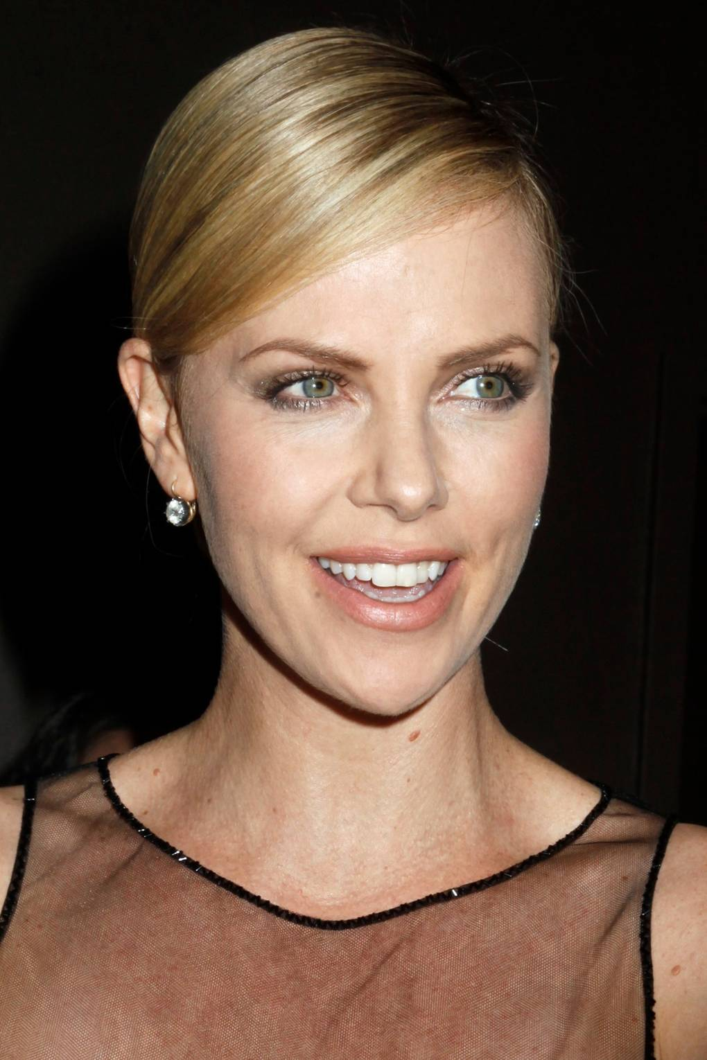 Charlize theron long hair 2011
