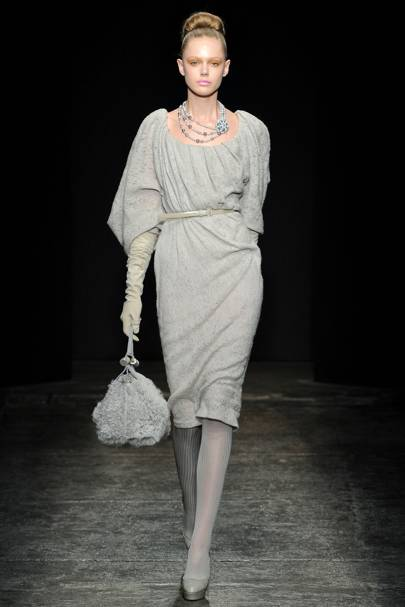 4df4c19184e Donna Karan Collection Autumn Winter 2011 Ready-To-Wear show report ...