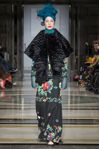 cf0d28314cafd6 House of MEA - Indonesia Modest Autumn Winter 2018 Ready-To-Wear show  report