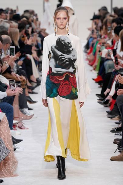 5c1ef7a29 Valentino Autumn/Winter 2019 Ready-To-Wear show report | British Vogue