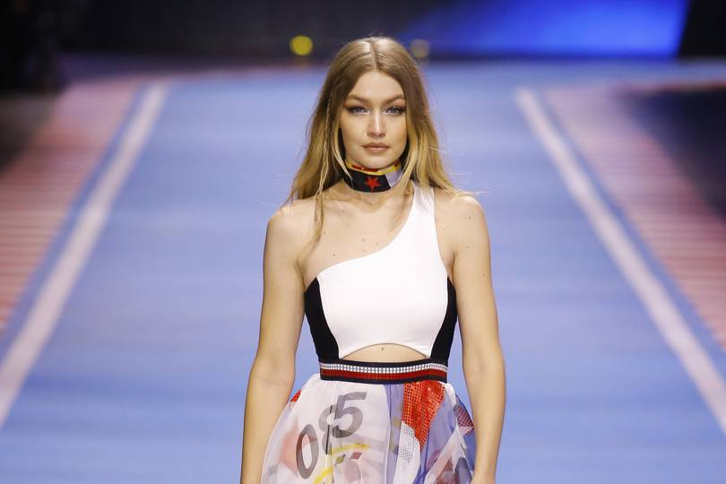 1dbbc417645 Tommy Hilfiger Spring Summer 2018 Ready-To-Wear show report ...