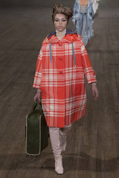 3943384d1ba745 Marc Jacobs Spring Summer 2018 Ready-To-Wear show report   British Vogue
