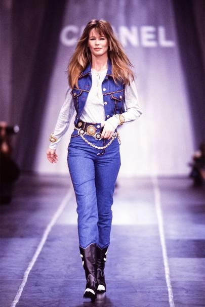 311436c9ea Claudia Schiffer walks the Chanel AW93 catwalk in blue denim