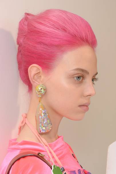 Pink Hair Trend Springsummer 2019 British Vogue