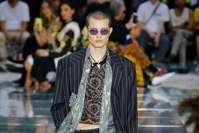 84e3f7a77d3 Versace Spring Summer 2019 Menswear show report