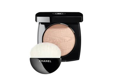 6 Celebrity Make-Up Artists Share Their Favorite Highlighters Of All Time