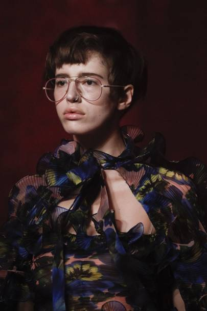 ffeaff9a6 The Glasses Guide: Vogue Charts The Womens Glasses Trends | British ...