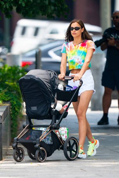 Irina Shayk's Latest Look Is Peak Cool Mum