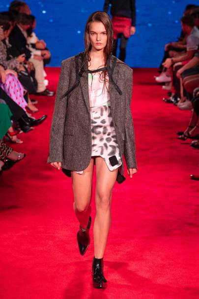 14350d34e32 Calvin Klein 205W39NYC Spring/Summer 2019 Ready-To-Wear show report ...