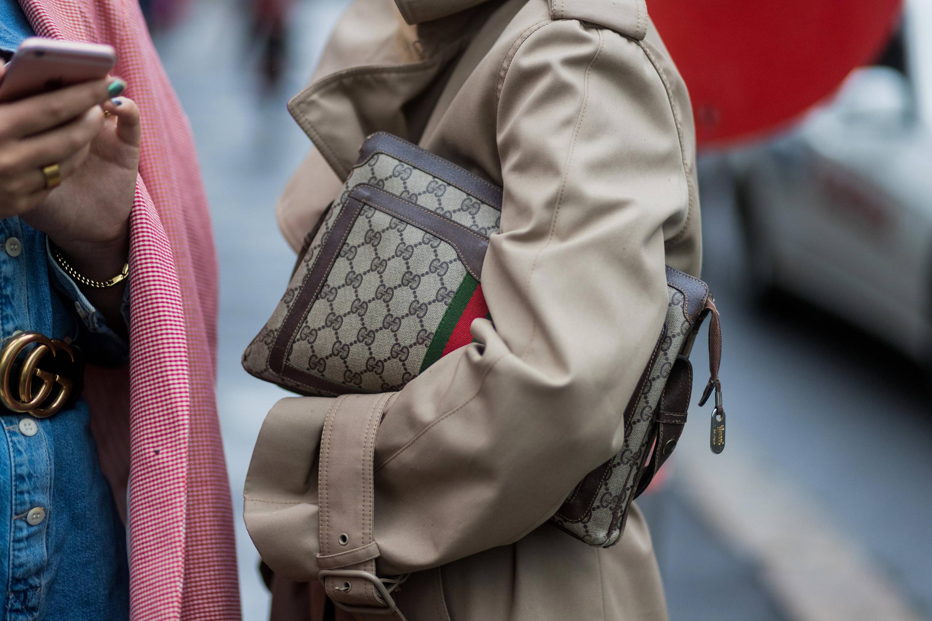 ede2fe39fbe Gucci Bags
