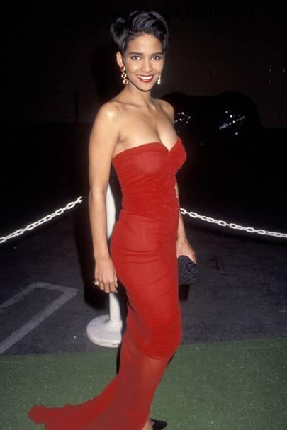 Halle Berry - 1992