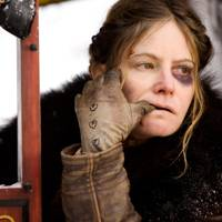 Best Supporting Actress: Jennifer Jason Leigh