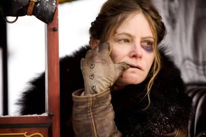 Best Supporting Actress: Jennifer Jason Leigh