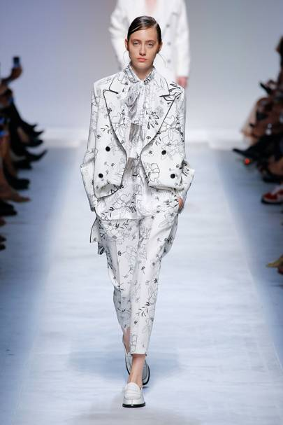 61853b461b3 Ermanno Scervino Spring Summer 2019 Ready-To-Wear show report ...