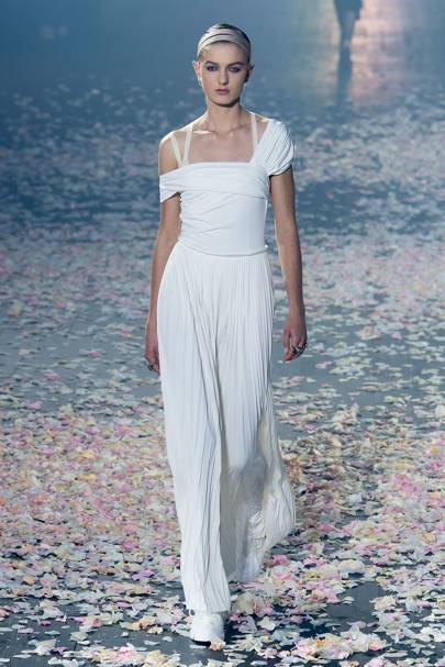 313f2aabb7af Christian Dior Spring Summer 2019 Ready-To-Wear show report ...