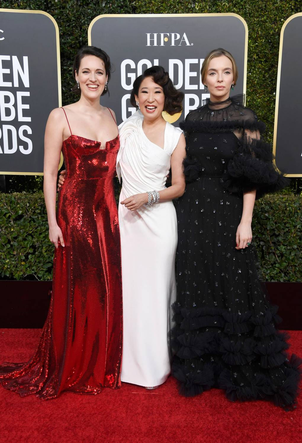 bf88bb991c4 Sandra Oh Wears Solely Female Designers Including Versace   Stella McCartney  At The Golden Globes 2019