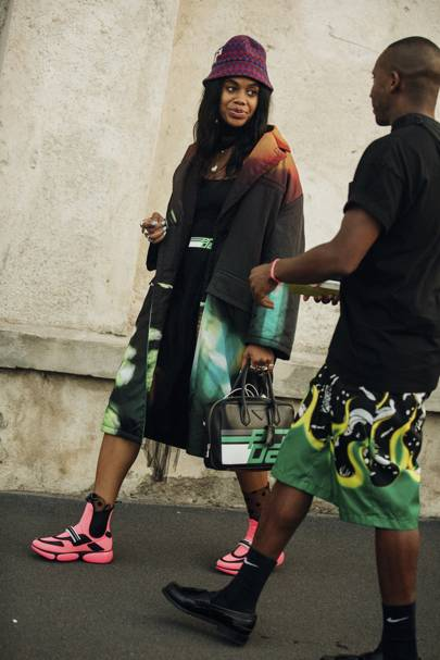 2a14edeb7fc8e The Biggest Street Style Trends Of 2018 And What Will Be Trending in ...