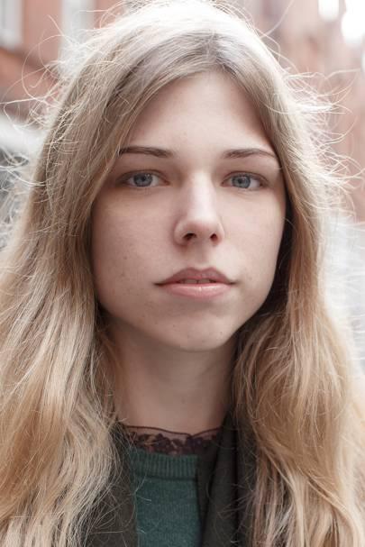 Charlotte Neve, student