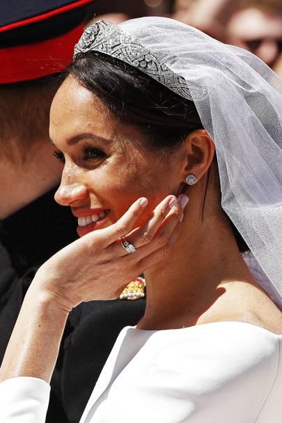 Meghan Markle S Bridal Manicure Nail Polish Shade British Vogue