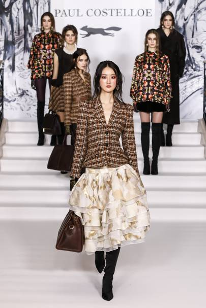15af6ee9d1 Paul Costelloe Autumn Winter 2018 Ready-To-Wear show report ...