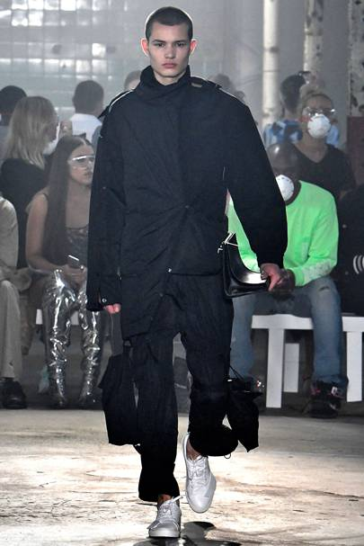 9219afb62d8e8f A-Cold-Wall Spring Summer 2019 Menswear show report