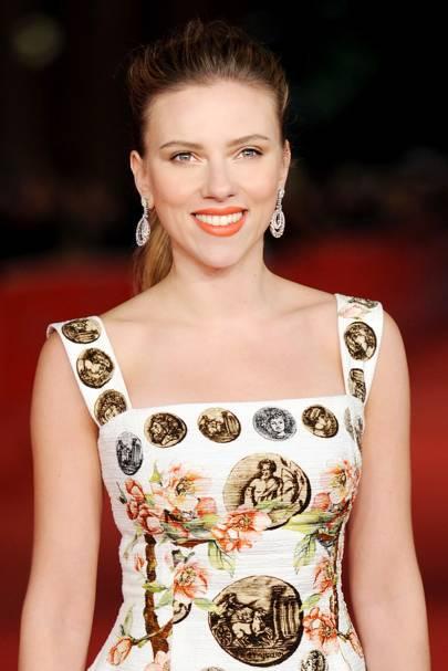 Scarlett Johansson Interview Party Prep Beauty British Vogue