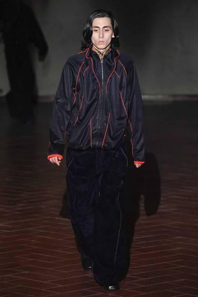 ea28eeb9bfd6 Y/Project Autumn/Winter 2019 Menswear show report   British Vogue