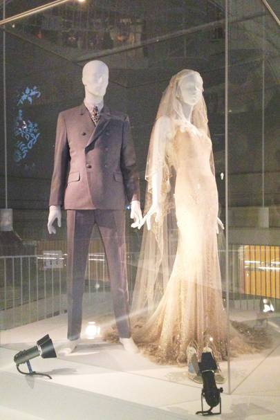 Victoria & Albert Museum V&A\'s Wedding Dresses Exhibition Preview ...