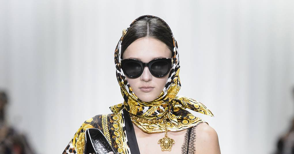 6728397c6398 Versace Releases Eyewear In Tribute to Gianni s Archive