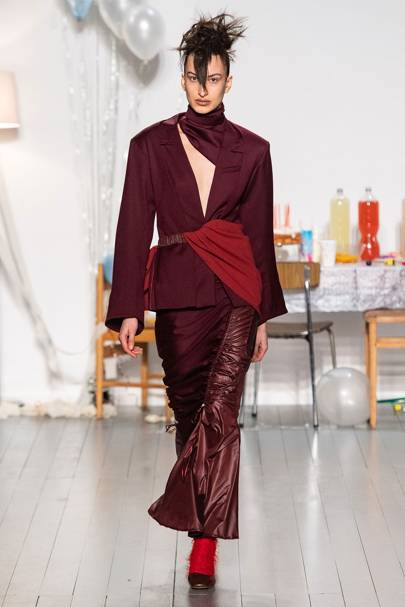 Richard Malone Autumn Winter 2019 Ready-To-Wear show report ... bc64a684c38