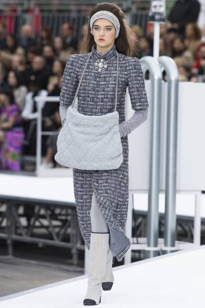 Chanel Autumn Winter 2017 Ready To Wear Show Report