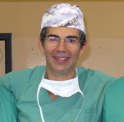 Vascular and general surgeon David Knott