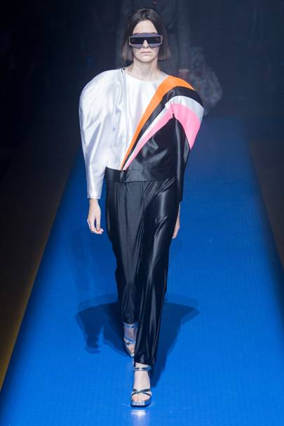 e388904b2f0 Gucci Spring Summer 2018 Ready-To-Wear show report