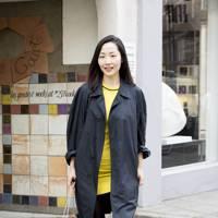 Hwasun Lee, art dealer