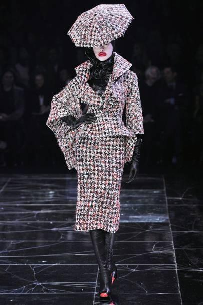 ab19208f4 Alexander McQueen Autumn/Winter 2009 Ready-To-Wear show report ...