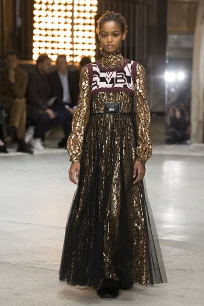 3df8213150c Giambattista Valli Autumn Winter 2018 Ready-To-Wear show report ...