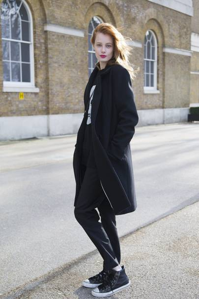 Thairine Garcia, model