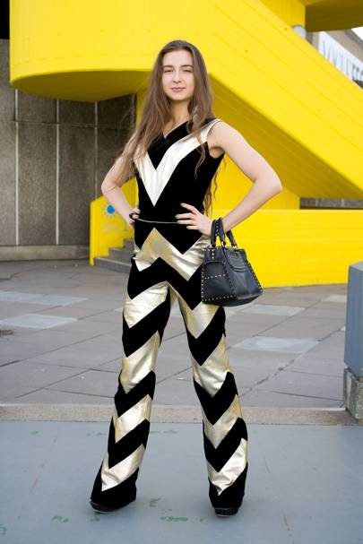 Mariam Chumburidze, fashion student