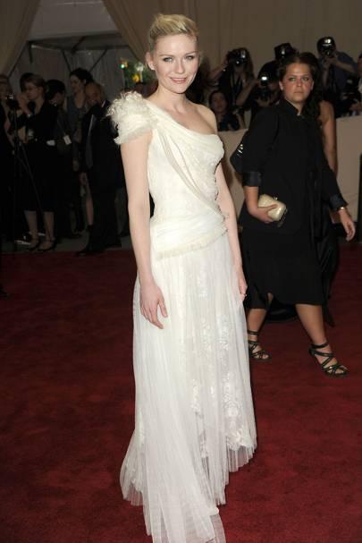 2010: American Woman: Fashioning a National Identity