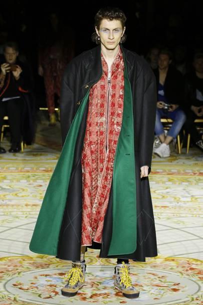 e510b4cca26 Vivienne Westwood Autumn Winter 2017 Ready-To-Wear show report ...