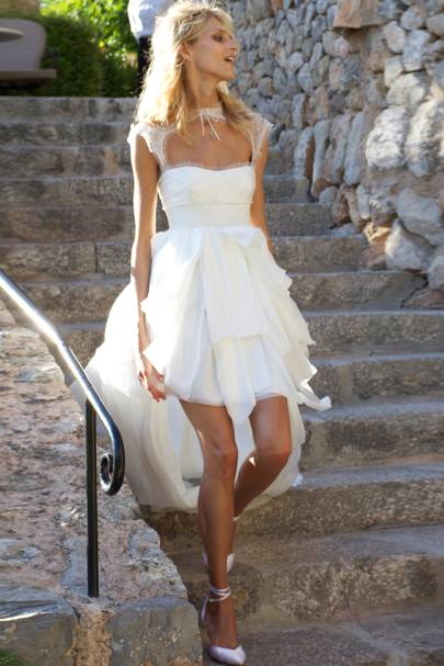 Model weddings dresses photos british vogue for Vegas style wedding dresses