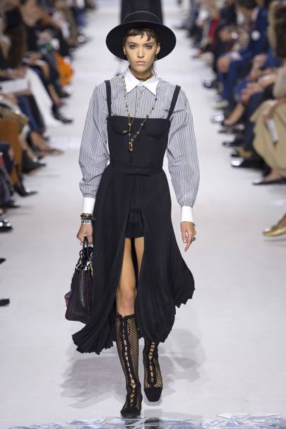 Christian Dior Spring Summer 2018 Ready-To-Wear show report   British Vogue 4fe58c652d1