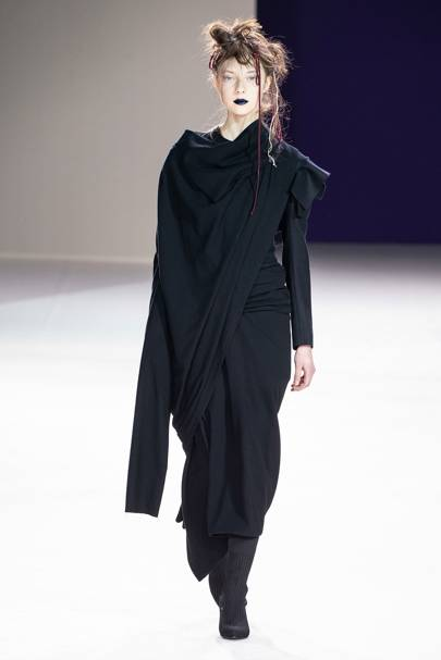 255f478ea Yohji Yamamoto Autumn/Winter 2019 Ready-To-Wear show report ...
