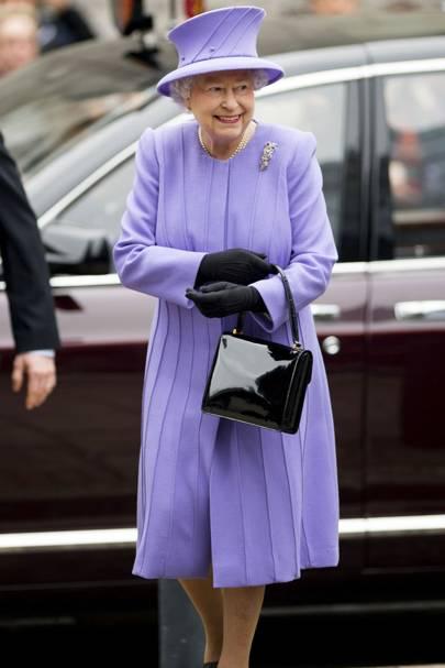 16 - The Queen