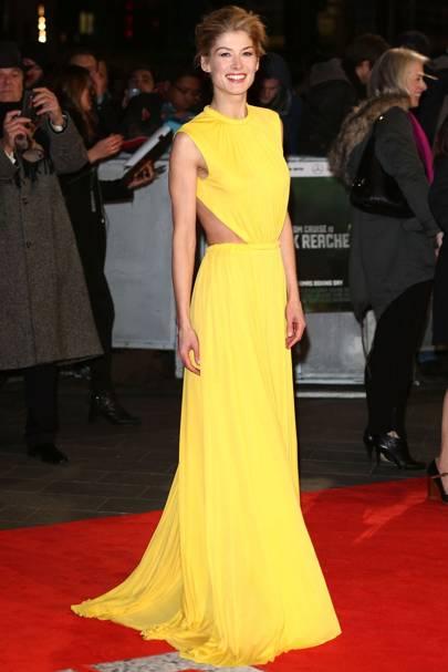 Yellow dress pale skin