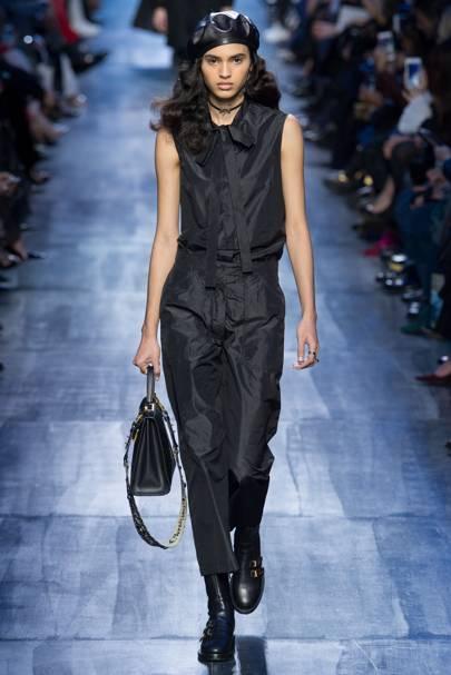 e52018706a5 Christian Dior Autumn Winter 2017 Ready-To-Wear show report ...