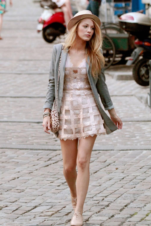 4b57a1401da Blake Lively Serena van der Woodsen Gossip Girl Style Outfits ...