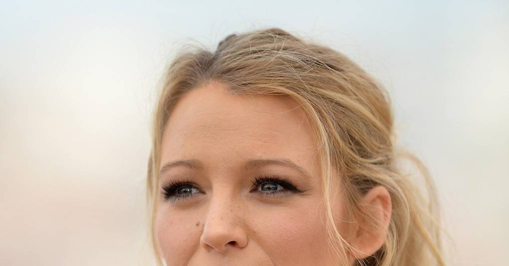 Blake Lively Makeup Hair How To British Vogue